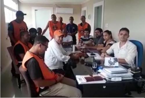 Prefeito Jadson Albano sanciona Lei de Plano de Cargos, Carreiras e vencimento da Guarda Civil Municipal de Coaraci.