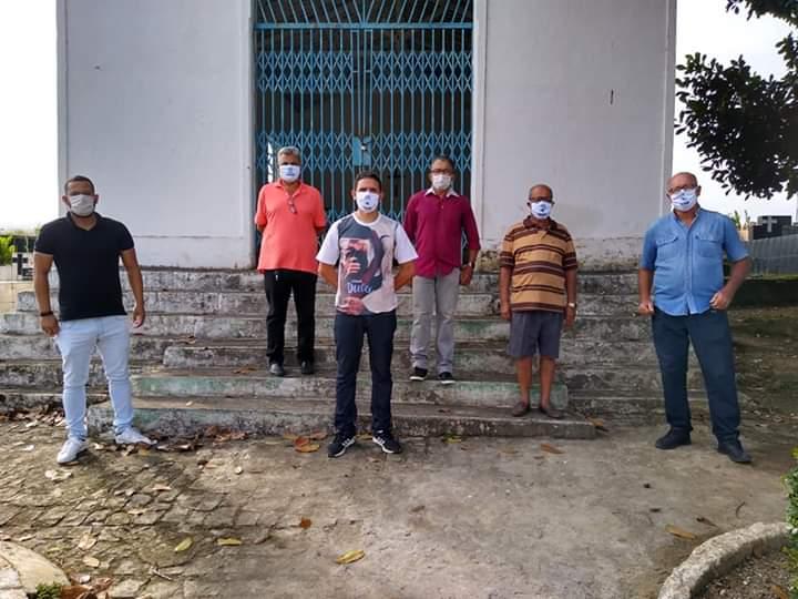 Prefeitura inicia construção de gavetas mortuárias.